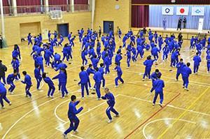 CWSJapan-大玉中学校でのボクササイズ講座2